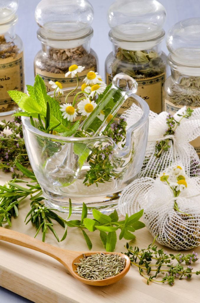 The Complete Guide To Treating Allergies With Natural Remedies