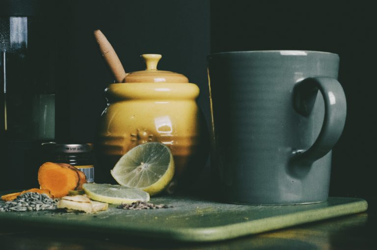 My Honest Review of Herbal Academy's Introductory Herbalism Course