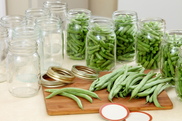 canning fresh green beans in mason jars