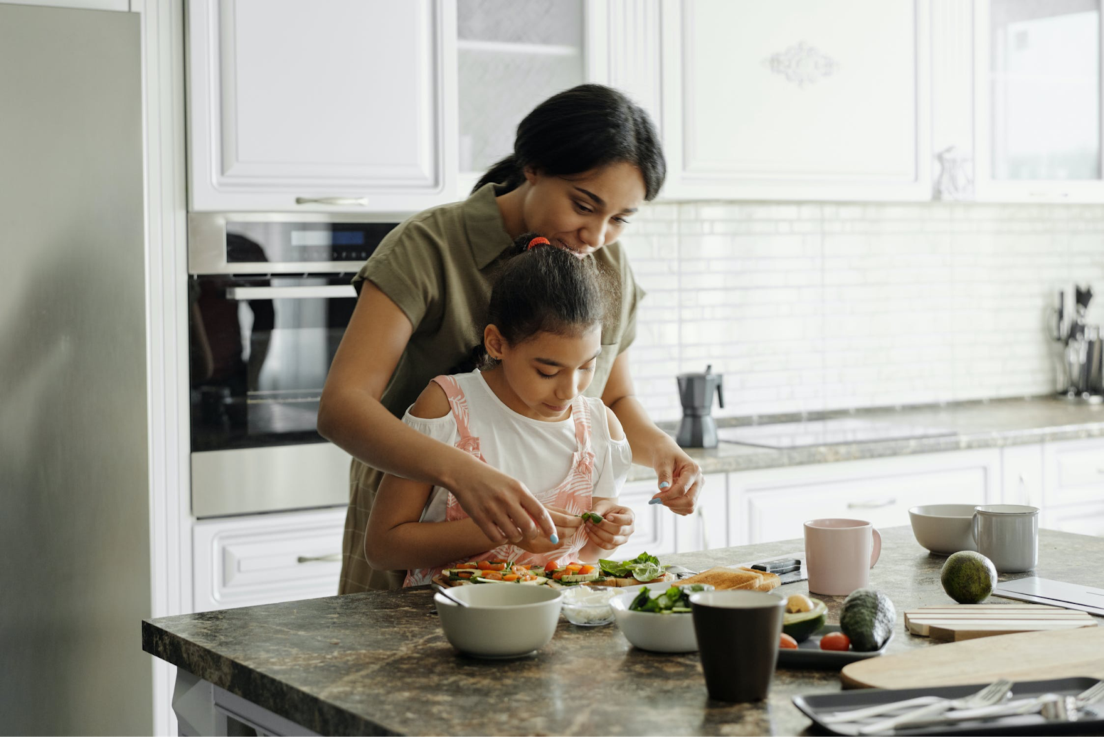 Here's How To Encourage Kids To Eat Healthy