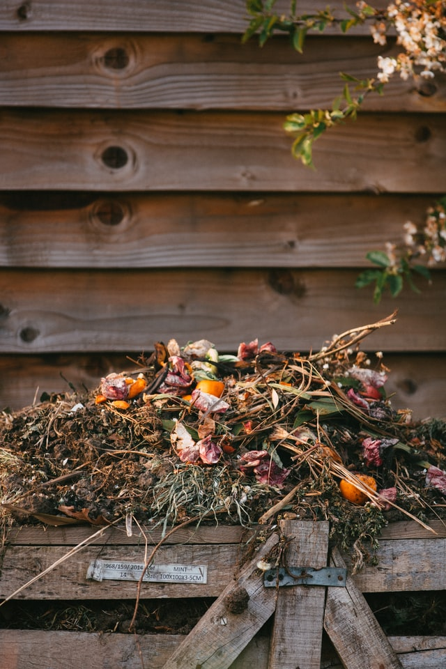 different types of compost piles
