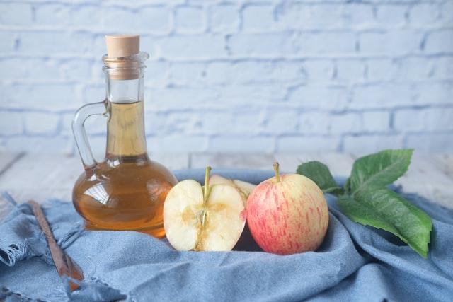 apple cider vinegar to treat fire ant bites
